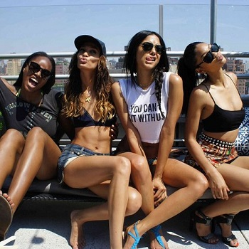 Why Models Are Actually Hanging Out at a Place Called Modellounge